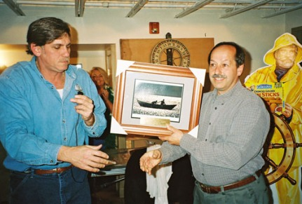 Ringo Tarr accepting an Acknowledgment Award for Bruce