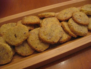 Peppery Parmesan Pecan Crackers
