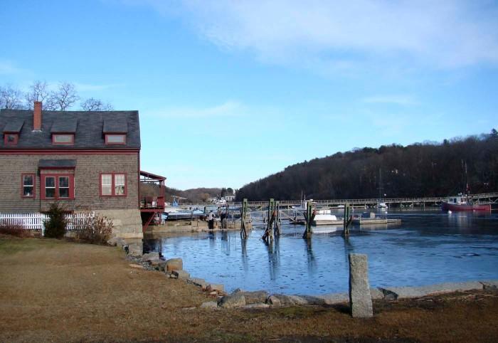 location of Alpheus Hyatt's Seaside Laboratory in Annisquam