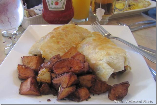 Yummy breakfast at Passports