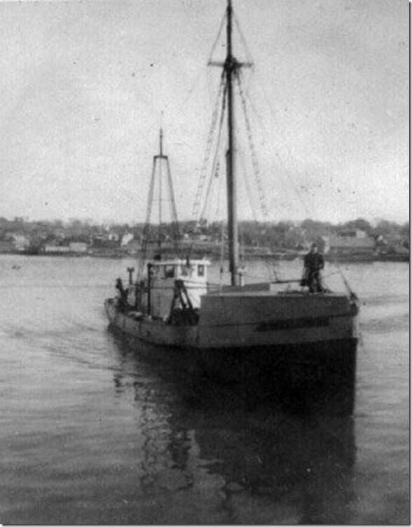 Superior with whaleback bow