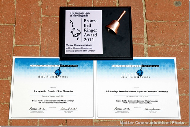 BellRinger award with Bob and Traceys certificates