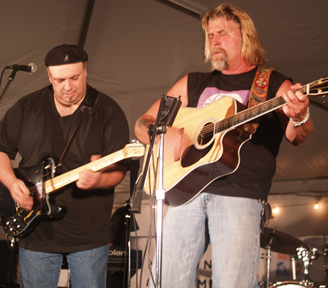 Allen Estes (R) and Sal Baglio
