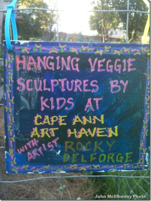 Veggie sculpture sign