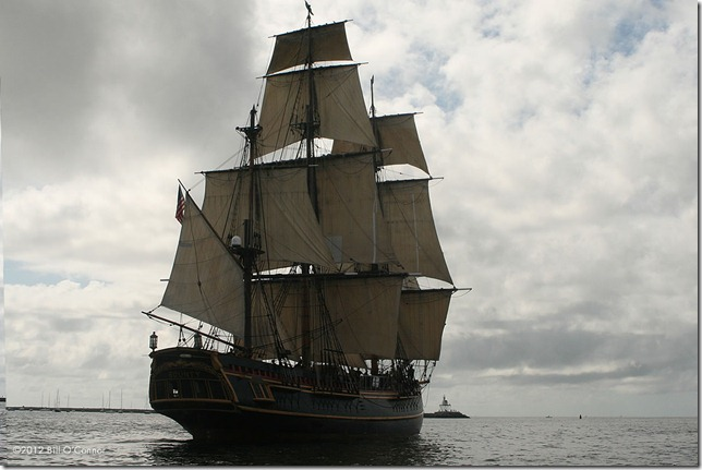 Bounty_Steams_Out_of_Gloucester