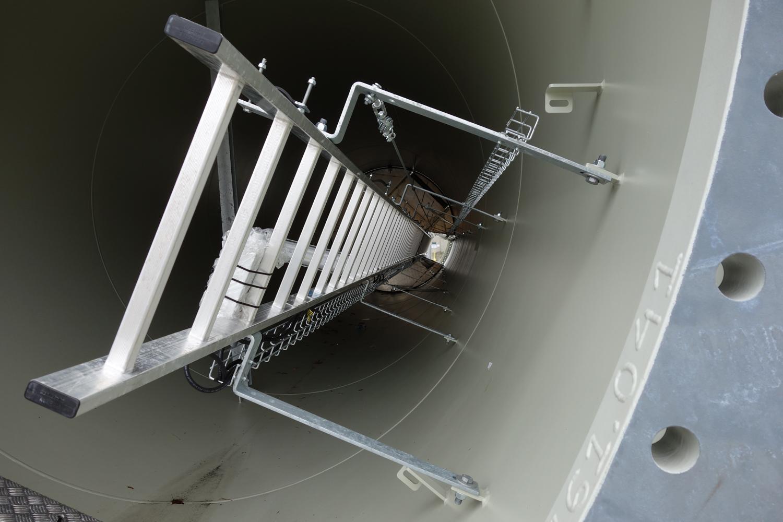 Gloucester Eng'g wind turbine installation 11-3-12 (3a)