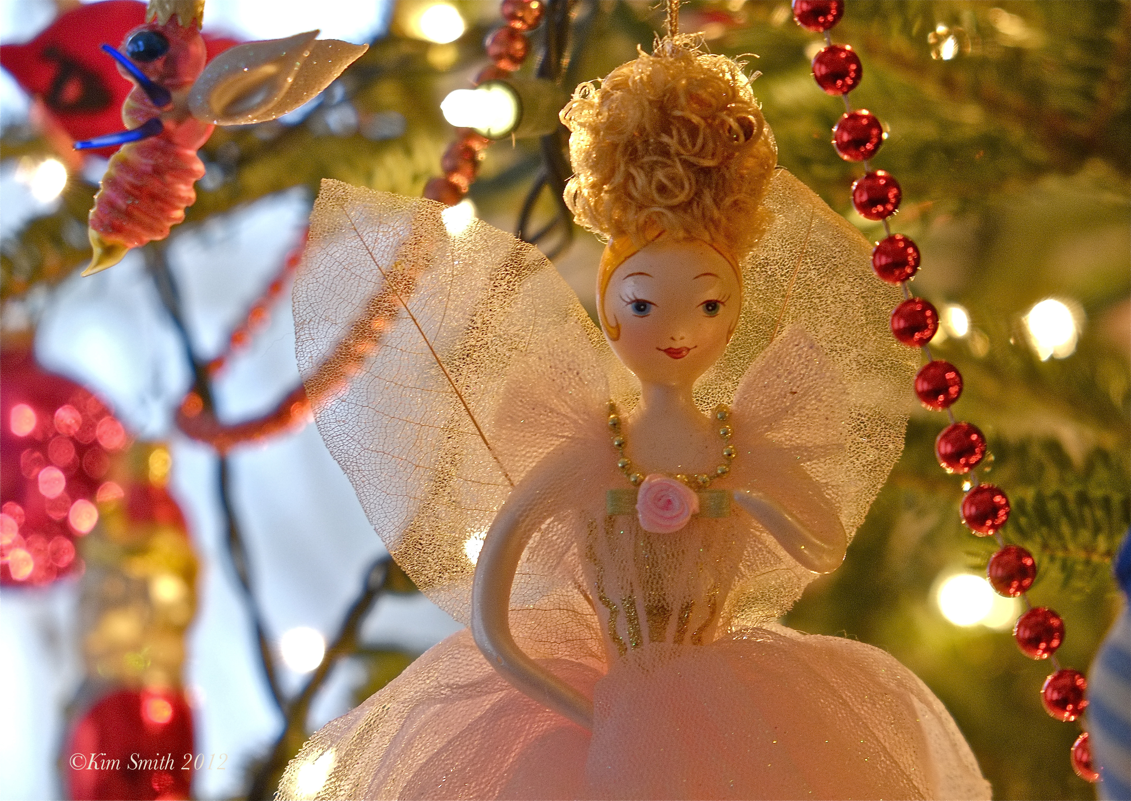 Christmas whimsy goodmorninggloucester for Good christmas decorations