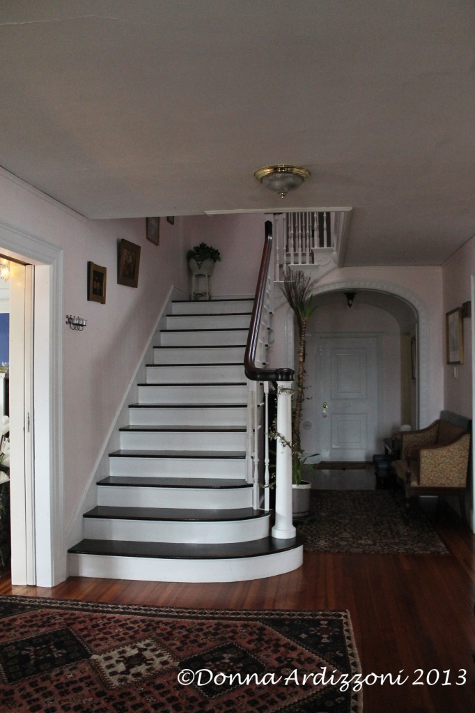 Staircase in the front hall