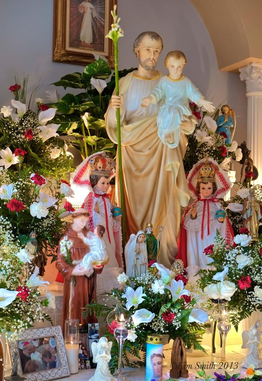 St. Joseph Day Altar ©Kim Smith 2013 copy