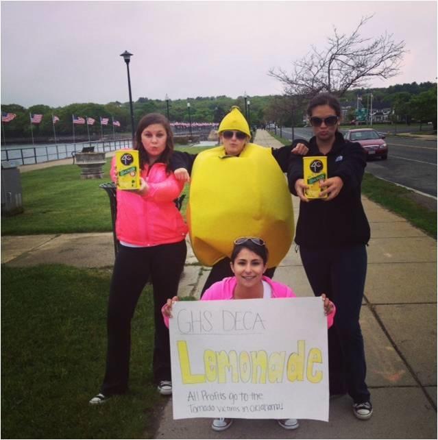 Lemonade Marisa, Julia and Sara