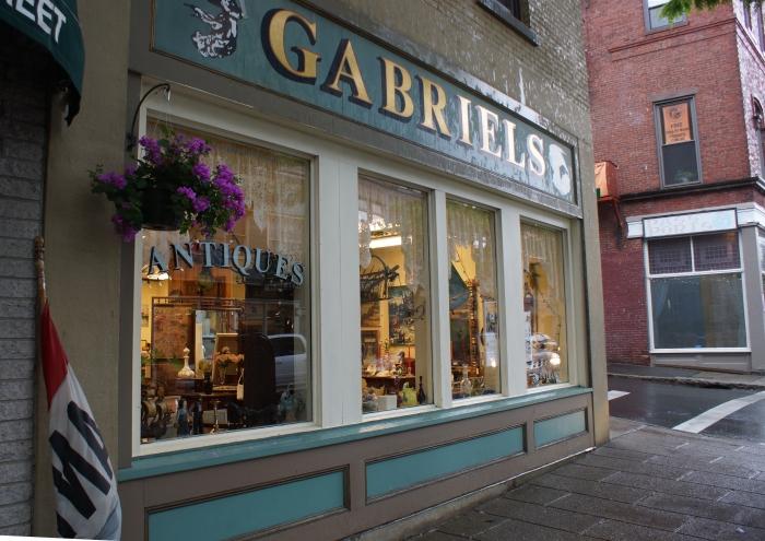 _Gabriel's façade