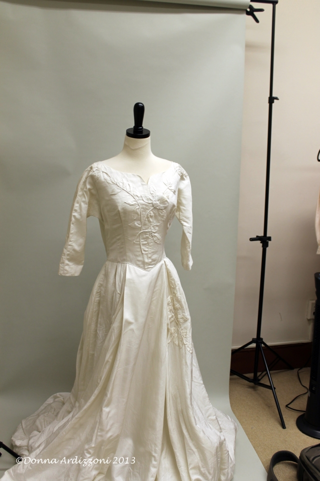 July 20, 2013 Alicia Pensarosa Vintage Brides dress