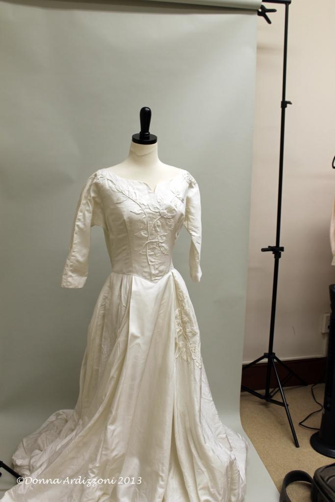 July 20, 2013 Alicia Pensarosa Vintage Brides dress