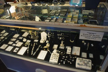 _DSC09043 jewelry