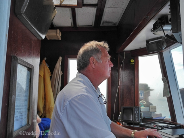 Captain Steve Douglas can position the Eider for the best schooner photos.