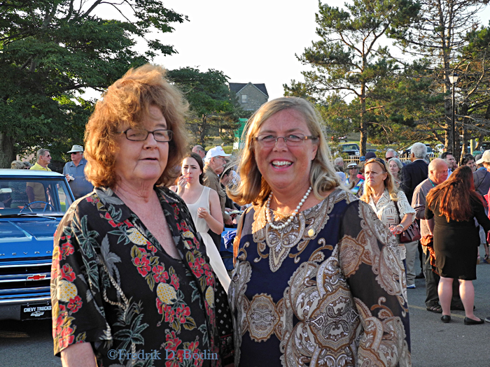 Nancy Gaines and Mayor Carolyn Kirk at the reception.
