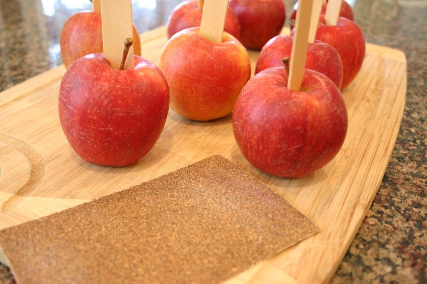 PB&J Caramel Apples 027