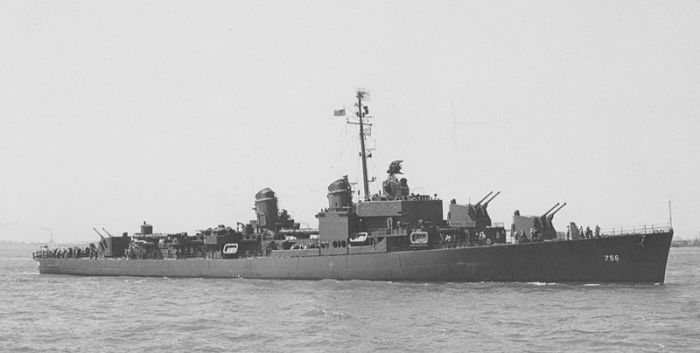 800px-USS_Beatty_(DD-756)