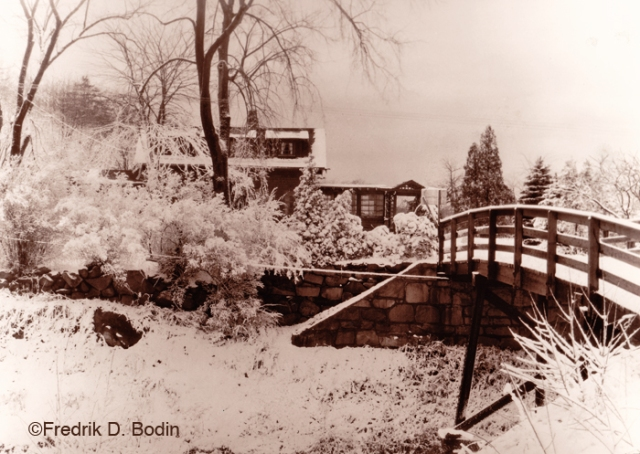 Do you know where Winniahadin is? It's in West Gloucester, near the Castle Manor Inn. The little bridge is still there. We may see some snow on Sunday similar to this. I researched Winniahadin several years ago on the internet, and it's referenced in historical documents.
