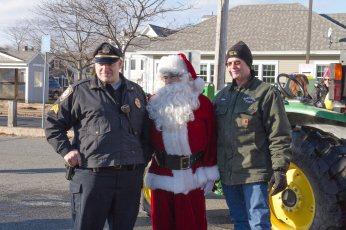 Santa thanks his helpers