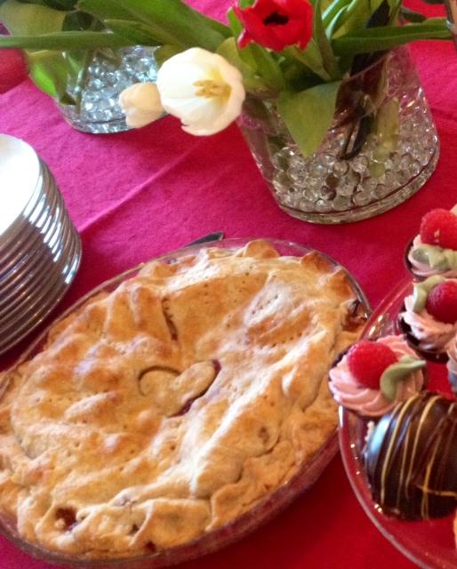 Mary Tucker apple cranberry pie