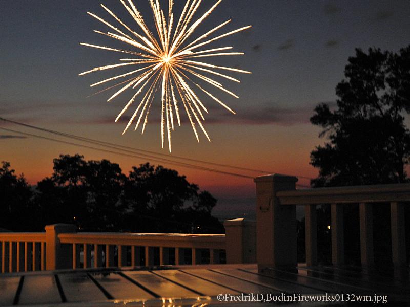 Fireworks0132wm