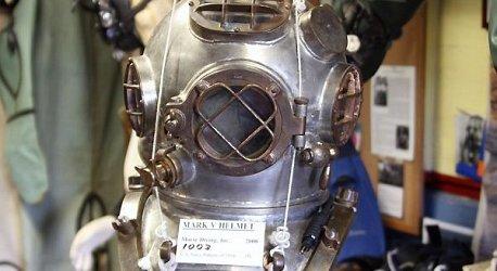 mark-v-helmet-1-w458h250
