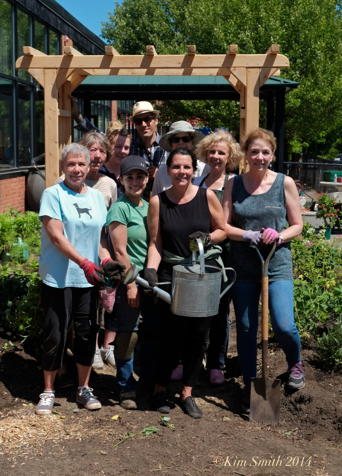 Manchester Garden Club at Pathways ©Kim Smith 2014