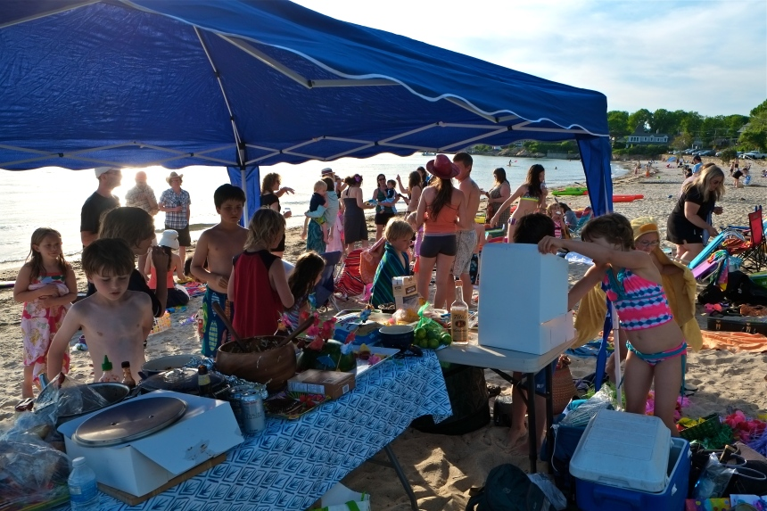 Niles Beach Luau ©Kim Smith 2014