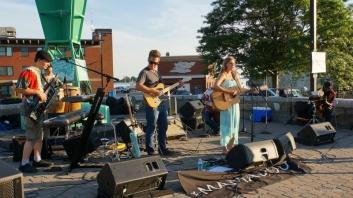 The Jake Pardee Band with Dierdra Darrha