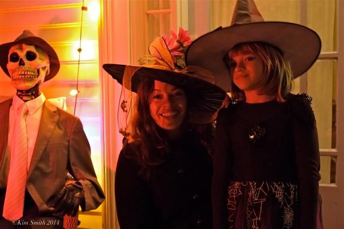 Halloween Colleen and Lotus ©Kim Smith 2014