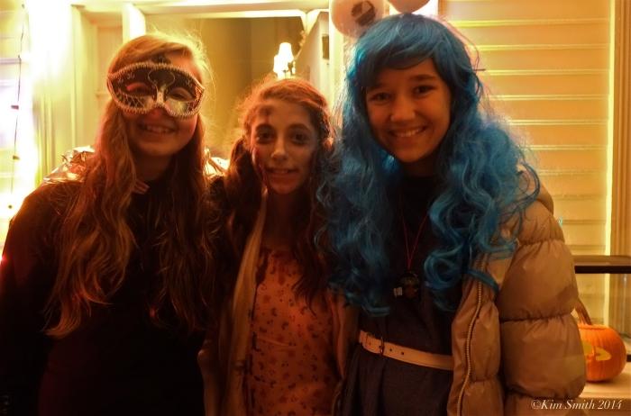 Halloween Emma and Friends ©Kim Smith 2014