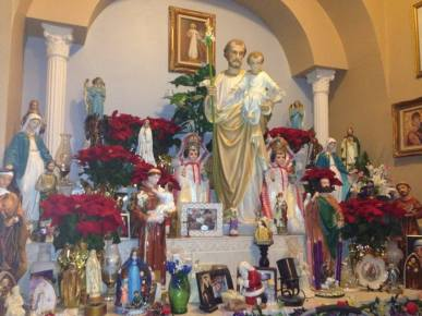 annmargarget xmass altar photo