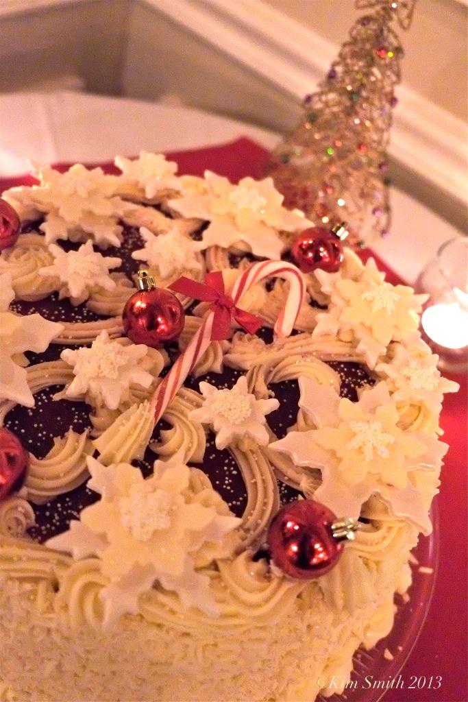 Bumbleberry cake BonBonerie ©Kim Smith 2013jpg copy
