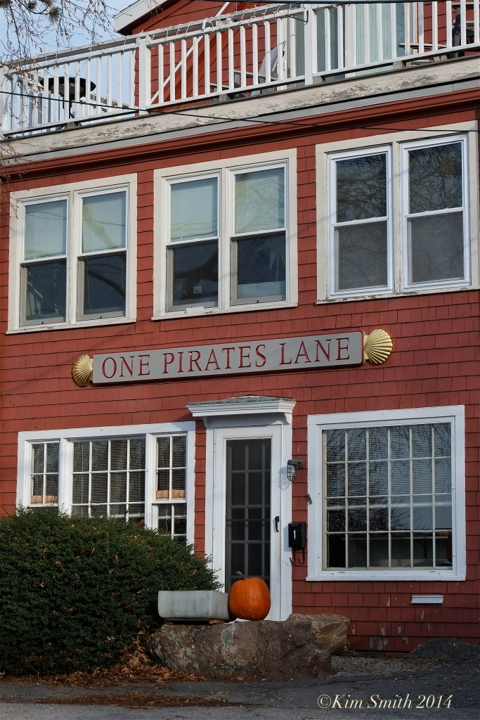 One Pirates Lane ©Kim Smith 2014
