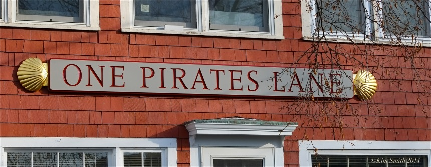 One Pirates Lane sign ©Kim Smith 2014JPG