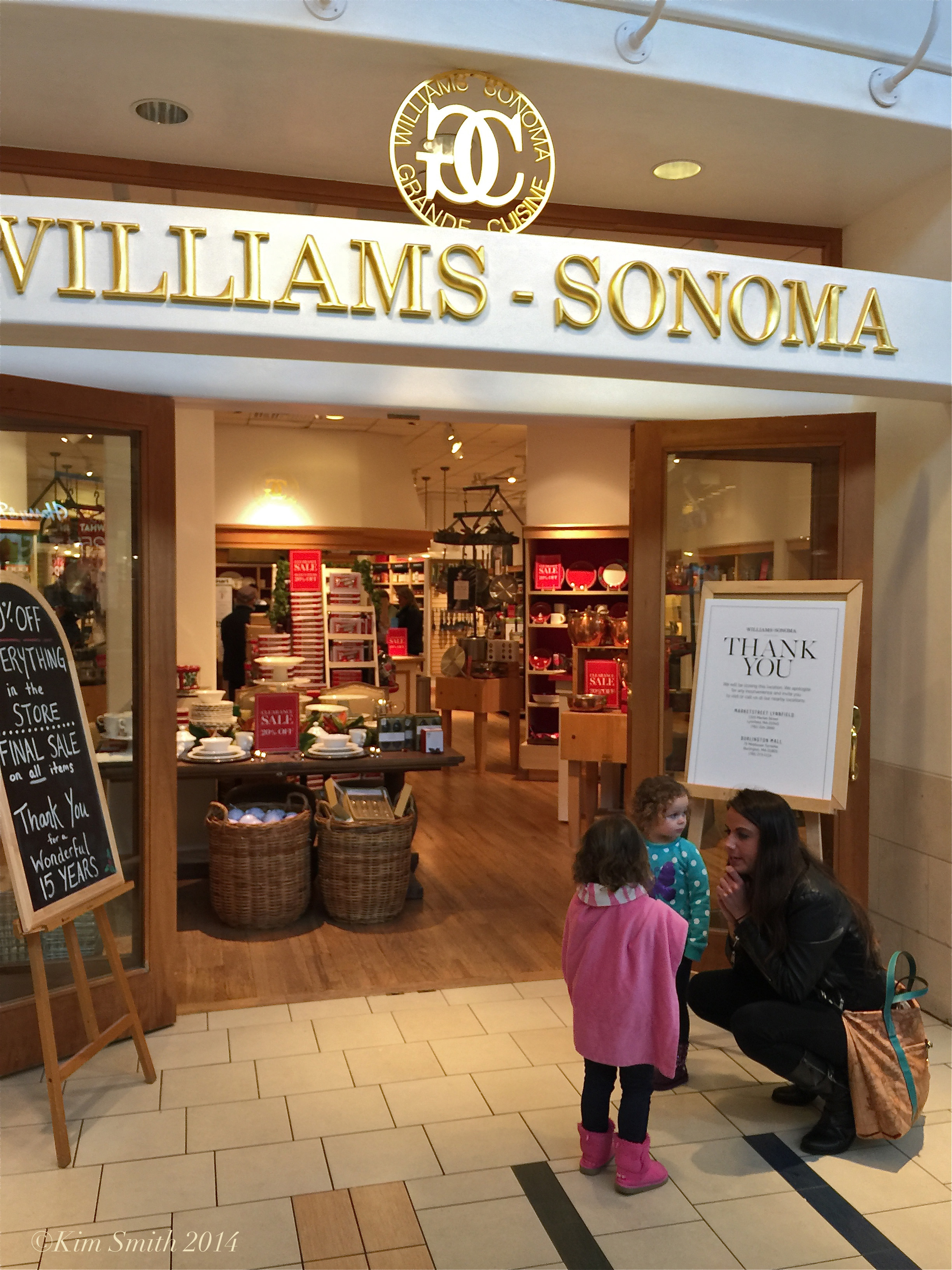 william sonoma Williams-sonoma is an overpriced, over rated specialty home furnishings retailer who only cares about their billion dollars plus bottom line they don't care about their customers' safety.
