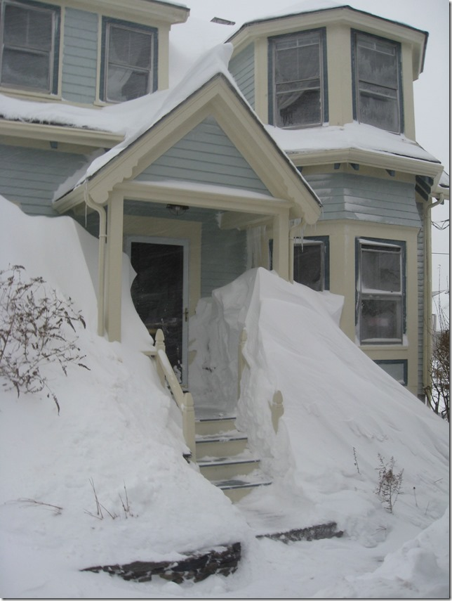 House with snowdrifts 2.9.15