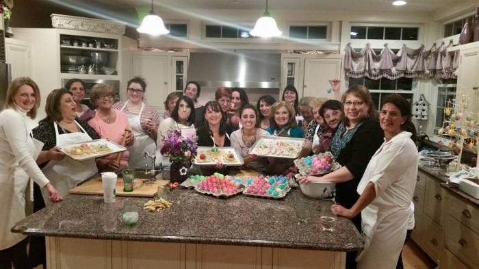 group photo from easter bunnny cookie night 2015