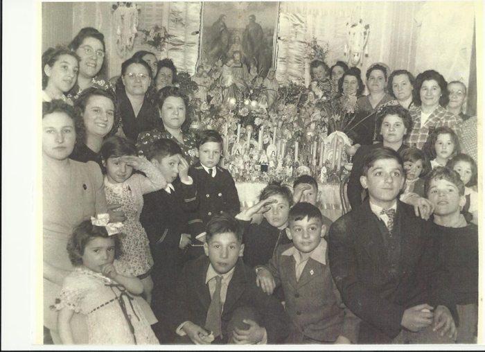 linquater-family-altar-dolores