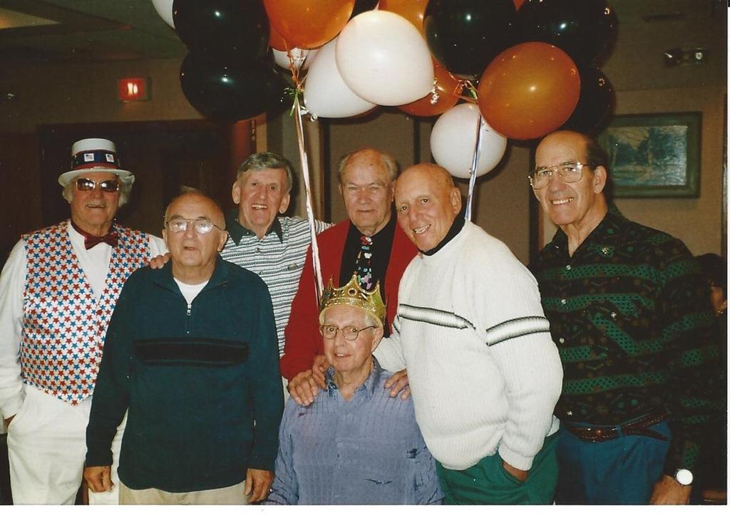 Bob-Friends 2004 Halloween