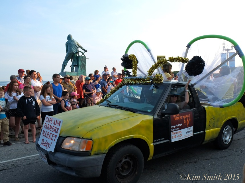 Cape Ann farmer's Market Horribles Parade -2 ©Kim Smith 2015