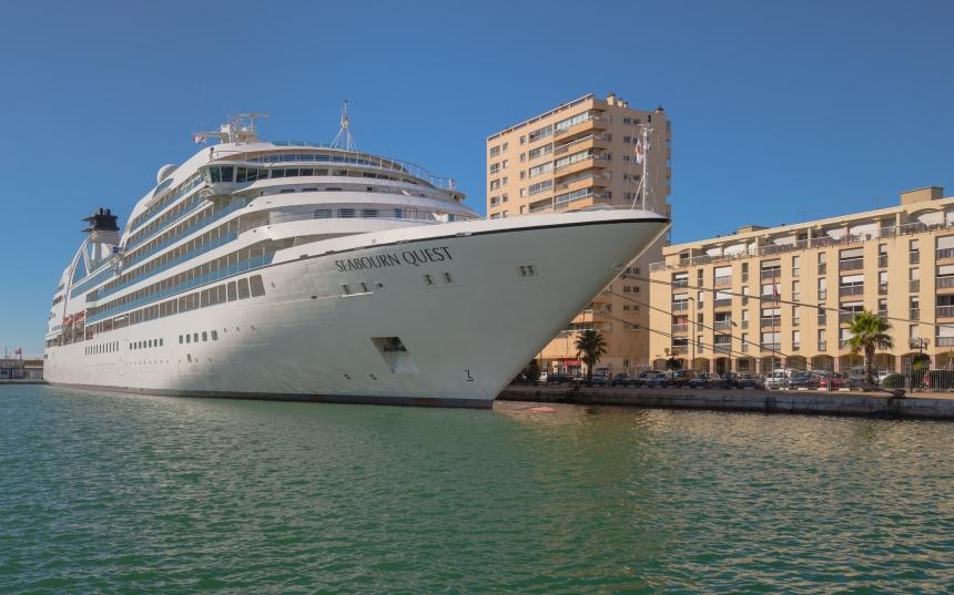Seabourn Quest (ship, 2011), Quai d'Alger, Sète, Hérault, Fran