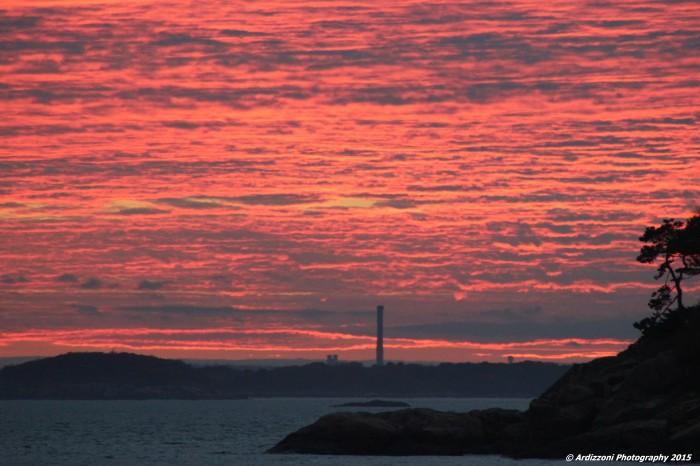 November 5, 2015 Red sky with Salem stack
