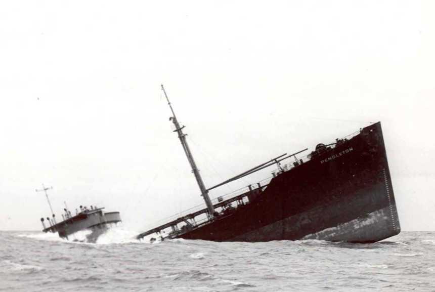 Pendleton_Sinking_Ship