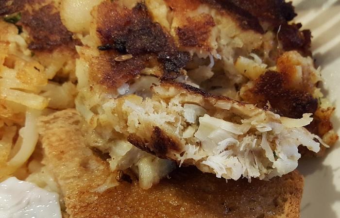Fort Square Cafe fishcake closeup__1024 (1)