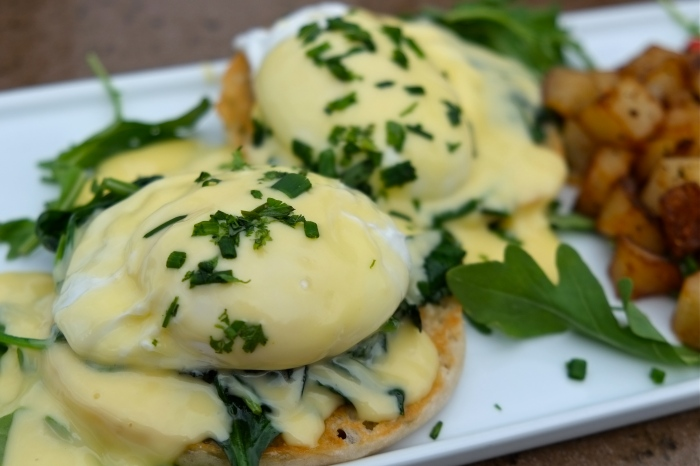 Beauport Hotel Gloucester Dining Review Eggs benedict copyright Kim Smith