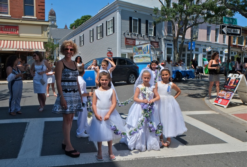 SAINT PETER'S FIESTA 2016 GLOUCESTER PROCESSION Kathy Numerosi Rodary children copyright Kim Smith
