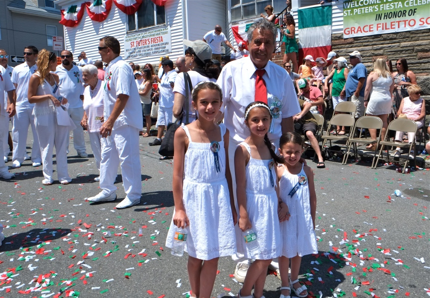 SAINT PETER'S FIESTA 2016 PROCESSION Joe Novello granddaughters-2 copyright Kim Smith