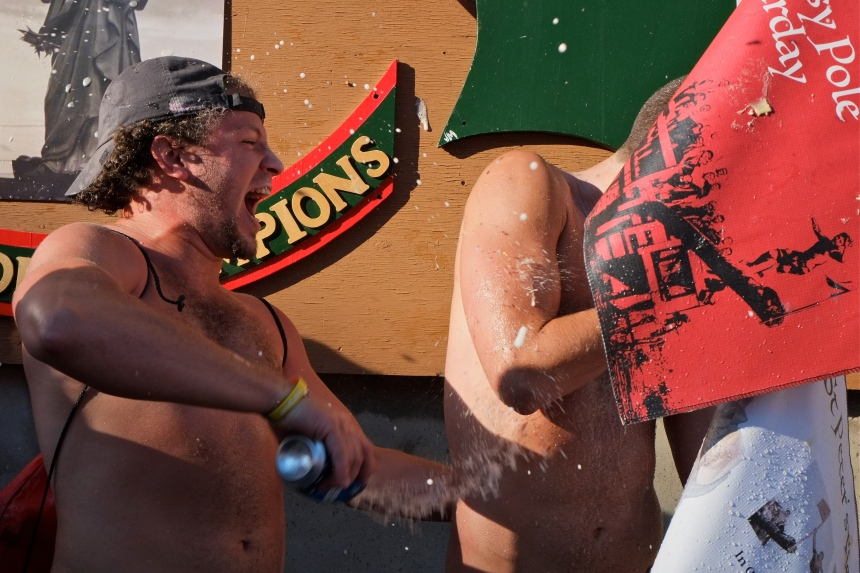 Saturday Greasy Pole Champion 2016 coyright -7 Kim Smith